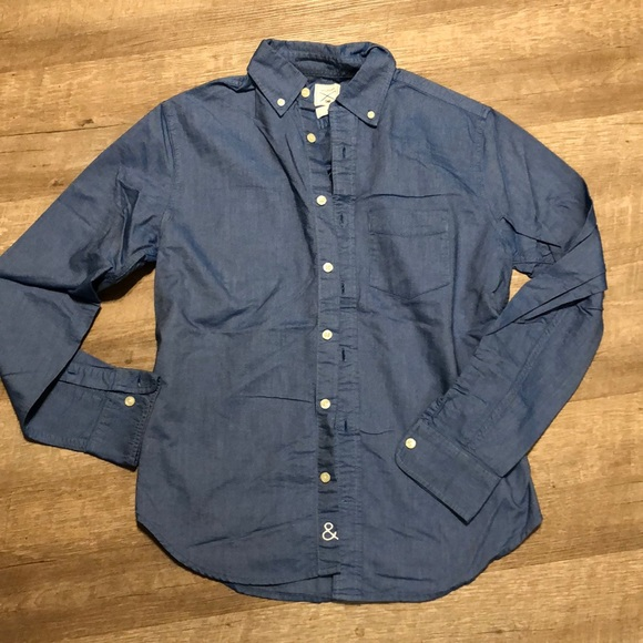 GAP Other - Chambray button down